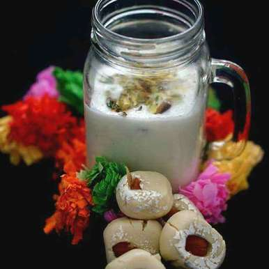 Photo of Bache huye pede se bani lassi by Kanwaljeet Chhabra at BetterButter