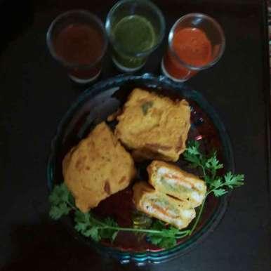 Photo of Cheesy pakora by Kavita S at BetterButter