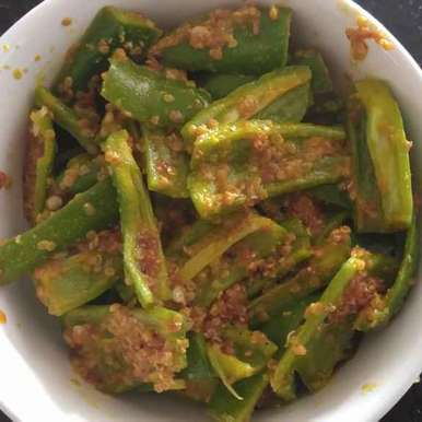 raita marcha (bhavnagari chilli) recipe in Gujarati, રાયતા મરચાં (ભાવનગરી મરચાં), Khushboo Doshi