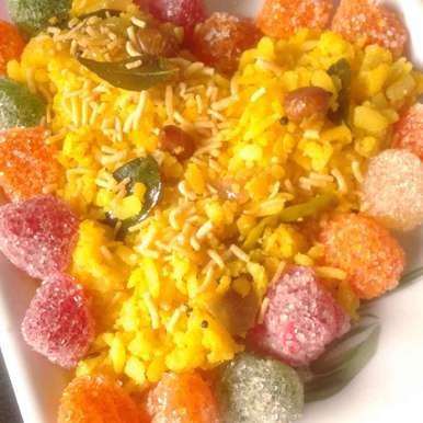 Photo of M.p.ka  famous breakfast(poha) by Kiran Kherajani at BetterButter