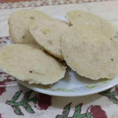 Photo of Daliya/Broken Wheat Idli by Krishna Shah at BetterButter