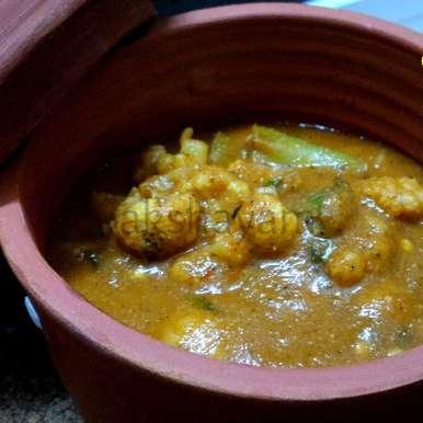 Photo of Mirch-Cauliflower Kolhapuri by Krithika Chandrasekaran at BetterButter