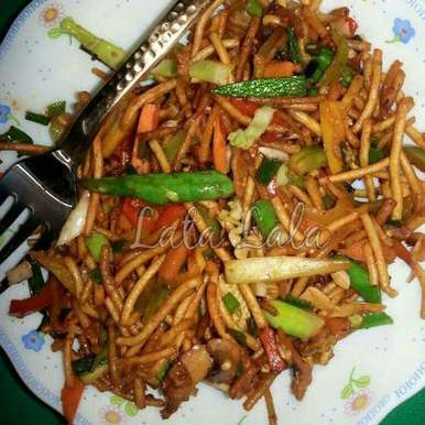 Photo of Chinese Bhel (Crispy Noodles Salad) by Lata Lala at BetterButter