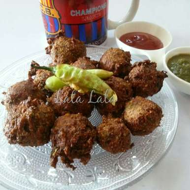 Photo of Methi Gota (Fenugreek fritters) by Lata Lala at BetterButter