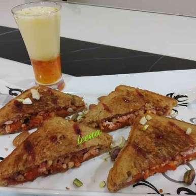 Fruits And Nuts Sandwich recipe in Gujarati, ફ્રુટ અને નટ સેન્ડવીચ, Leena Sangoi