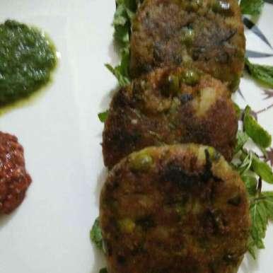 Photo of Hara matar kabab by Madhu Makhija at BetterButter