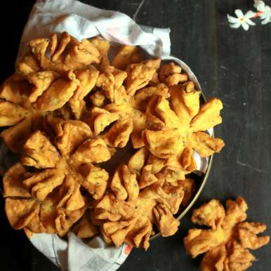 Diwali special Flower shaped 'Champakali', How to make Diwali special Flower shaped 'Champakali'