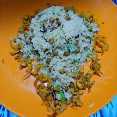 Photo of chana masala rice by Mahek Naaz at BetterButter
