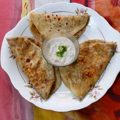 Photo of aalu r paratha by Mahek Naaz at BetterButter