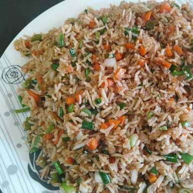 Veg fried rice (Restaurant style) recipe in Marathi,व्हेज फ्राईड राईस (रेस्टॉरंटप्रमाणे), Mahi Venugopal