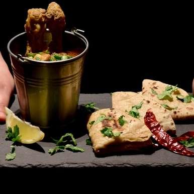 Konkanigoan Style Green Paste Chicken Curry