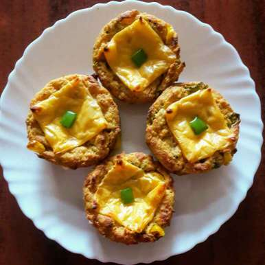 Photo of Pizza muffins ( leftover bread se) by Mamta Joshi at BetterButter