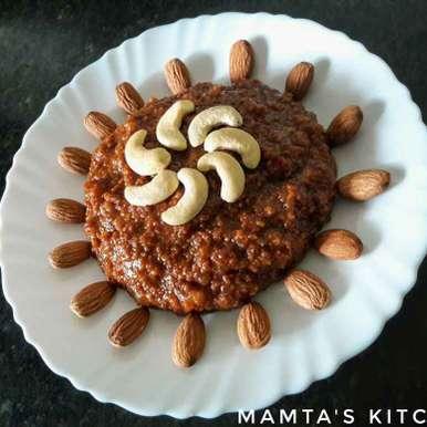 Milk chikki / dudh ki chikki/ belgav kunda recipe in Hindi,मिल्क चिक्की / दूध की चिक्की/ बेलगाँव कुंदा, Mamta Joshi