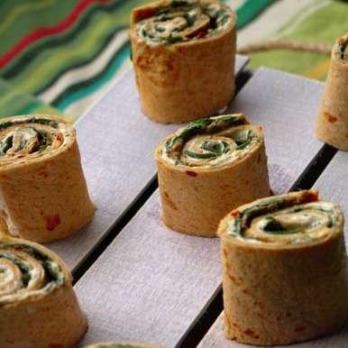 Tortilla pinwheels (Spinach and cheese-Pesto Mini Bites), How to make Tortilla pinwheels (Spinach and cheese-Pesto Mini Bites)