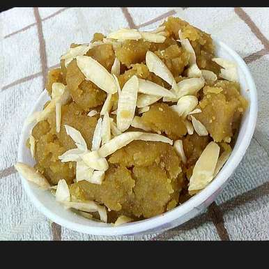 Jhatpat mung dal halwa recipe in Hindi,झटपट मूंग दाल हलवा, Manisha Jain