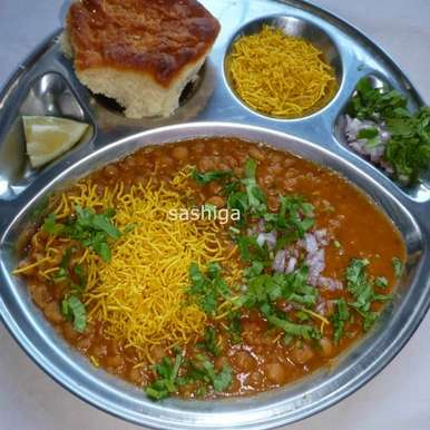 Photo of Misal Pav by Menaga Sathia at BetterButter