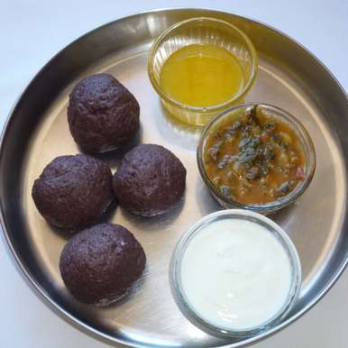 Ragi Mudde With Side Dish, How to make Ragi Mudde With Side Dish