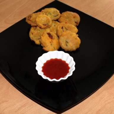 Photo of Onion Bhajias – Onion Fritters by Mina A at BetterButter