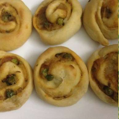 Photo of Baked pinwheels by Mona Bassi at BetterButter