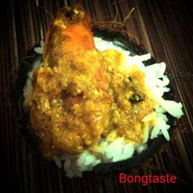 Photo of Chingri Macher Makaikari (Prawns cooked in creamy coconut  milk) by Moumita Malla at BetterButter