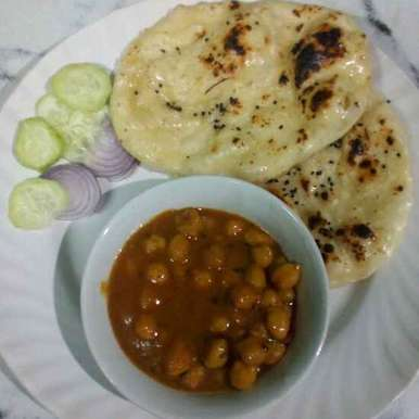 Photo of naan  chana masla by Mousumi Paul Das at BetterButter