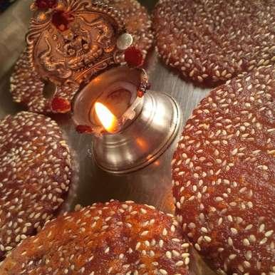 Photo of Homemade Rice Flour Elu Adhirasam by Nandini Subramani at BetterButter