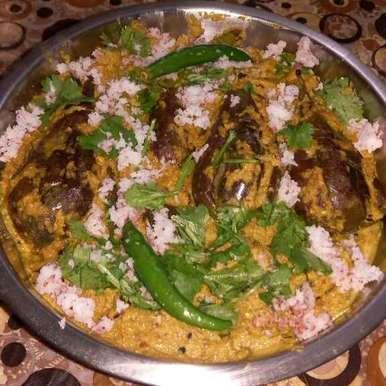 Photo of Bahari baigan in peanut paneer gravy by Nandini Syam at BetterButter