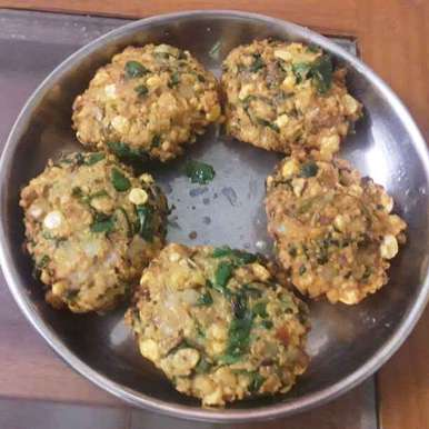Keerai masala vadai recipe in Tamil,கீரை வடை, neela karthik