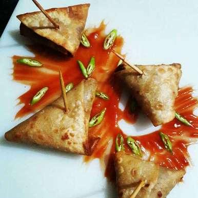 Photo of Laziz Roti Samosa by Neelam Barot at BetterButter