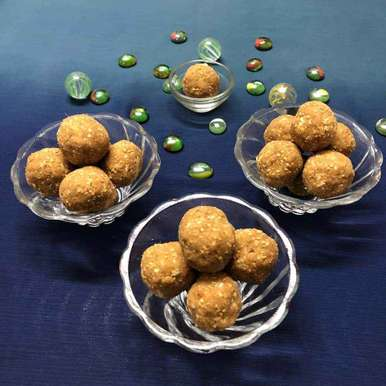 Photo of Ginger sesame laddoo by Neelam Gupta at BetterButter