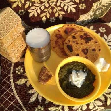 Photo of Makki ki roti aur sarson ka saag by Neeru Gupta at BetterButter