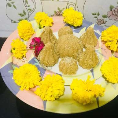 Photo of wheat flour ladoo by Neha Nikul at BetterButter
