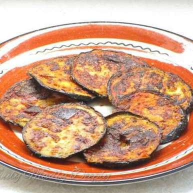 Photo of Fried Badanekayi / Fried Brinjal by Niharika Bhide at BetterButter