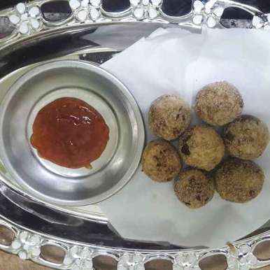 Photo of Cauliflower kola urundai by Paramasivam Sumathi at BetterButter