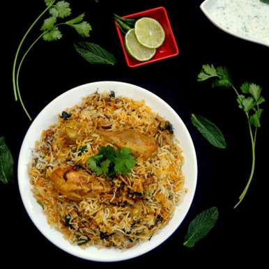 Photo of Hyderabadi Chicken Pakhi Dum Biriyani by Pavithira Vijay at BetterButter