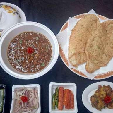 Photo of Paramparagat nashta chhole bhature vid masala aalu twist by Poonam Arora at BetterButter