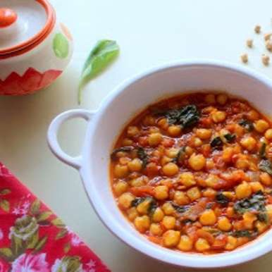 Photo of Spanish Chickpea and Spinach Stew by Poonam Bachhav at BetterButter