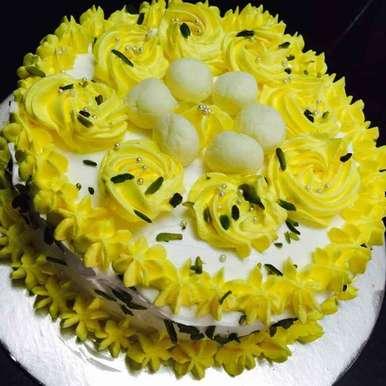 Photo of Rasgulla cake by Poonam Kothari at BetterButter