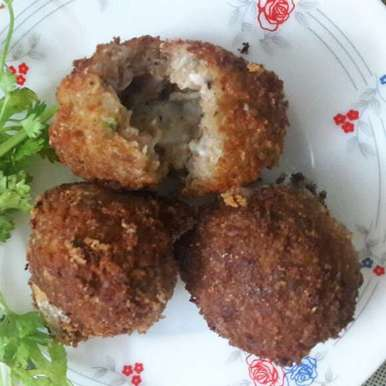 Photo of Cheese stuffed chicken balls by Preeths Roshan at BetterButter