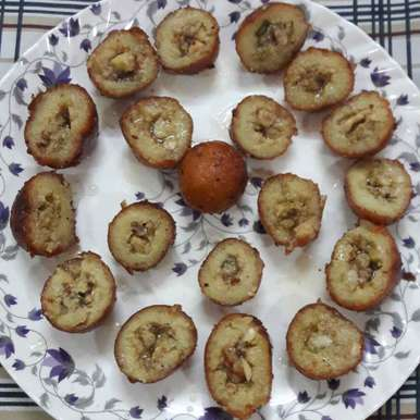 Photo of Mawa stuffed bread baati by Preeti Jaiswani at BetterButter