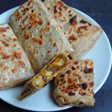 Photo of Potato & Minced Meat Paratha Pockets by Priya Suresh at BetterButter