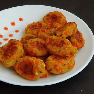 Photo of Baked Potato-Carrot Tater Tots by Priya Suresh at BetterButter