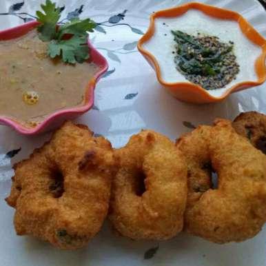 Photo of Medu vada by Uma Purohit at BetterButter