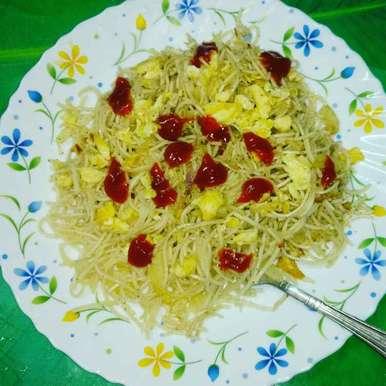Photo of Egg Noodles. by Priyanka Nandi Sarkar at BetterButter