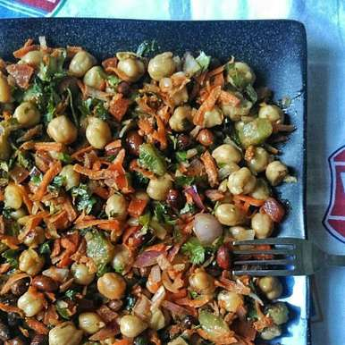 Photo of Chickpeas Salad by Tasneem Rajkotwala at BetterButter