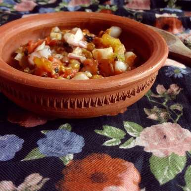Photo of Tomato Pora (Roasted Tomato Salsa with Dried Fish) by Raina Talukder at BetterButter