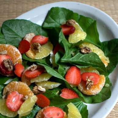 Photo of spinach and fruit salad by sangeeta khanna at BetterButter