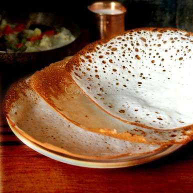 Kerala Appam or Palappam recipe in Hindi, केरल का अप्पम या Palappam ।, Garima Narera