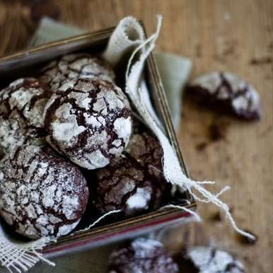 Chocolate Crinkle Cookies, How to make Chocolate Crinkle Cookies