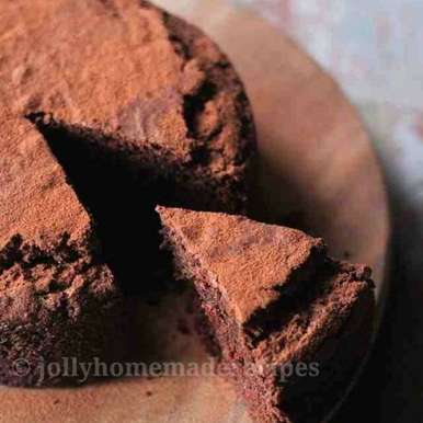 Photo of Whole Wheat Eggless Chocolate Cake Recipe by Jolly Makkar at BetterButter